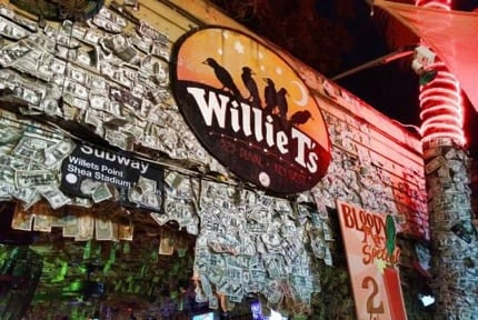 Willie T's Restaurant & Bar